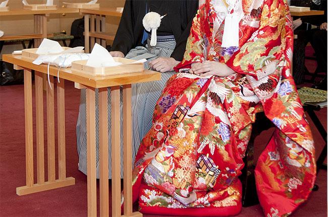 和装での結婚式